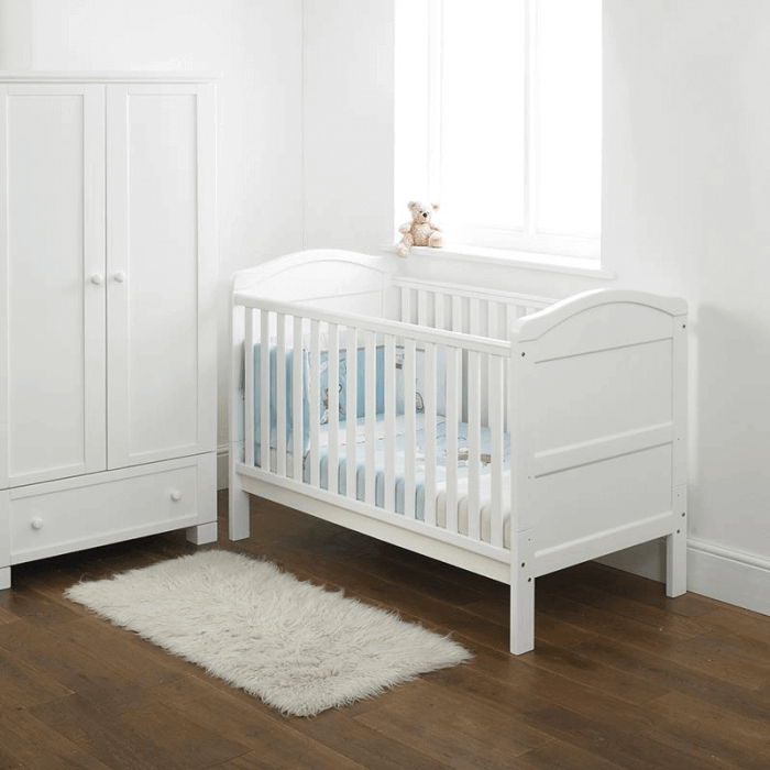 East Coast Country Cot Bed - Lifestyle 2