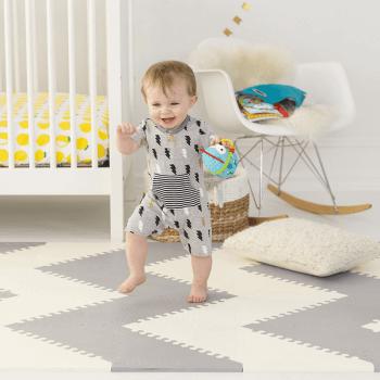Skip Hop Geo Playmat - Grey-Cream Wave Pattern