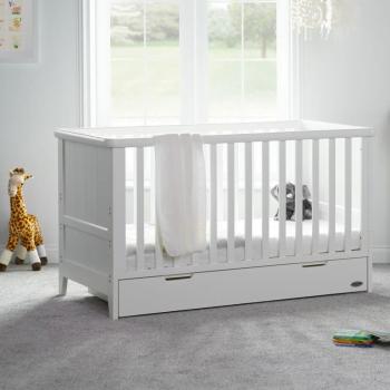 Belton Cot Bed- White- Lifestyle Image